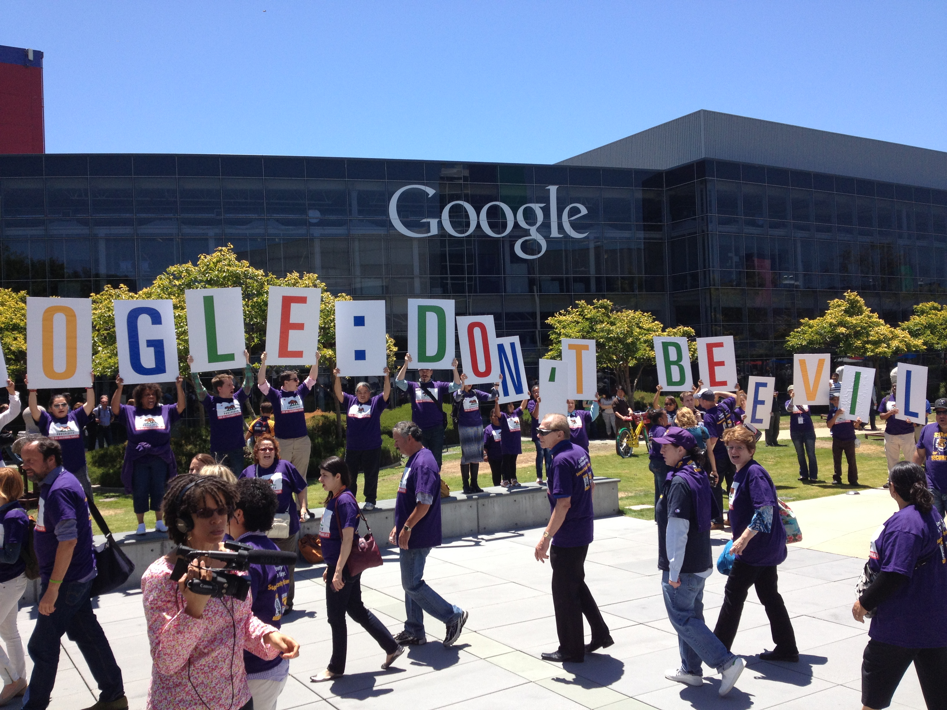 march on Google in solidarity with security officers